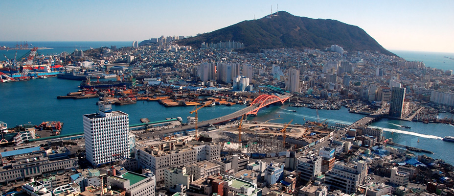 Infos - les Ports, et Infrastuctures maritimes - Page 3 Busan