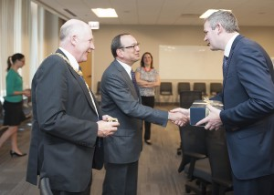 Mayor Noel Larkin and Minister Sean Kyne meet with Chicago Deputy Mayor Steve Koch