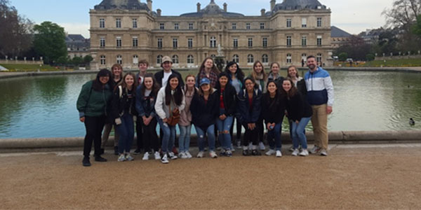 Chicago-Paris Education Exchanges